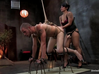 A Hot Asian Dominatrix Lets A Occupy a seat on Guy Worship Her Asshole. Full Clip
