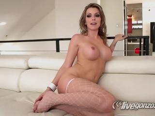 Voluptuous Cougar Exciting Porn Video - Courtney Cummz